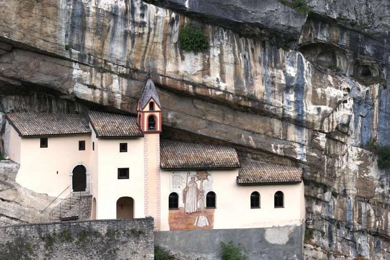 Santuario Eremo di San Colombano