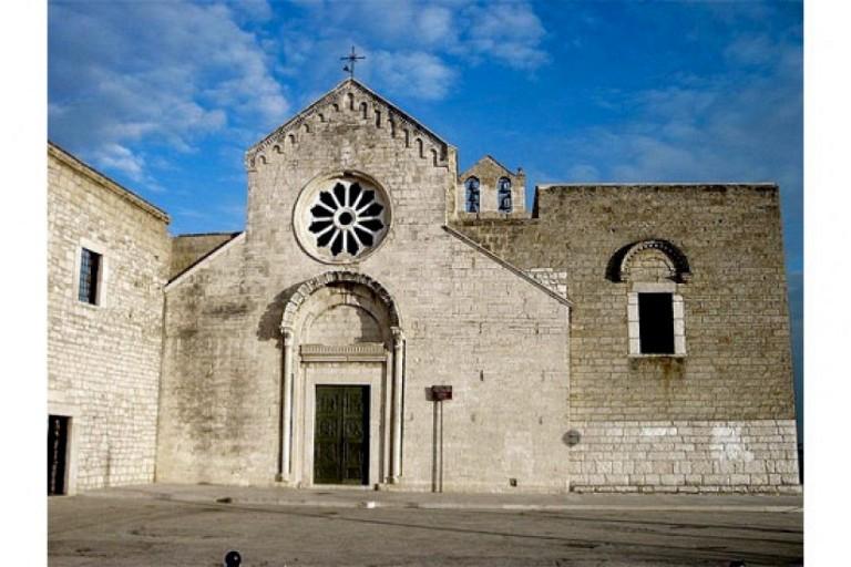 Santuario Santa Maria Di Colonna