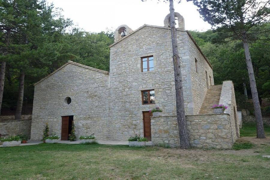 Santuario Santa Maria Materdomini