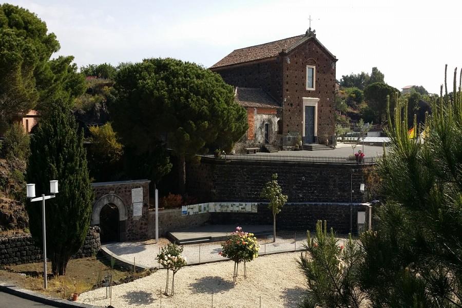 Santuario Madonna della Sciara