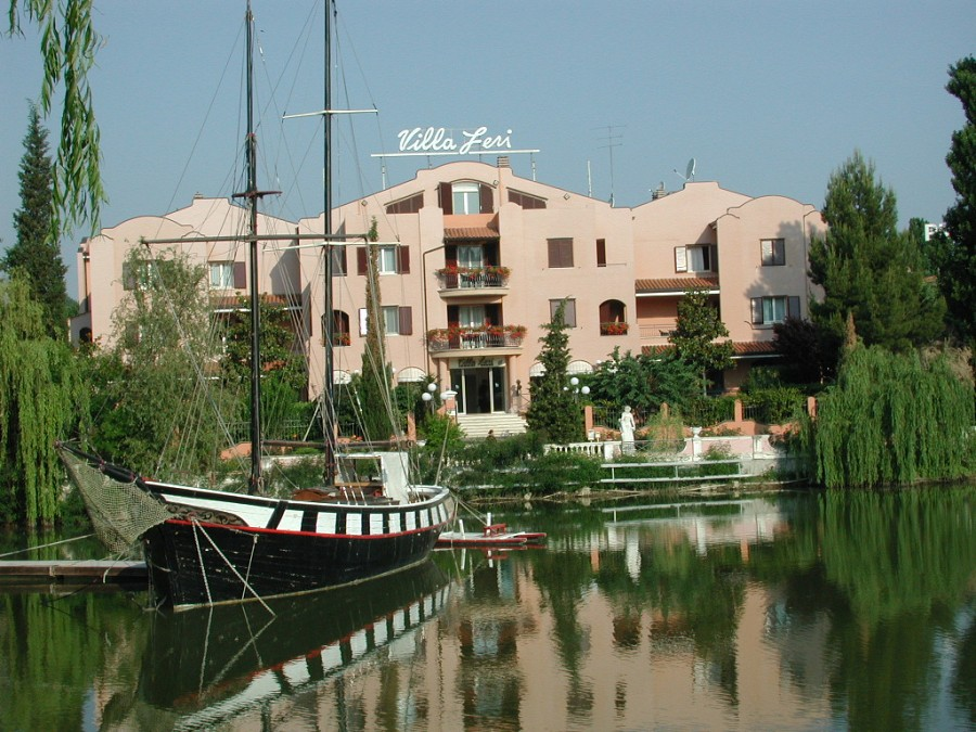 Hotel Villa Leri