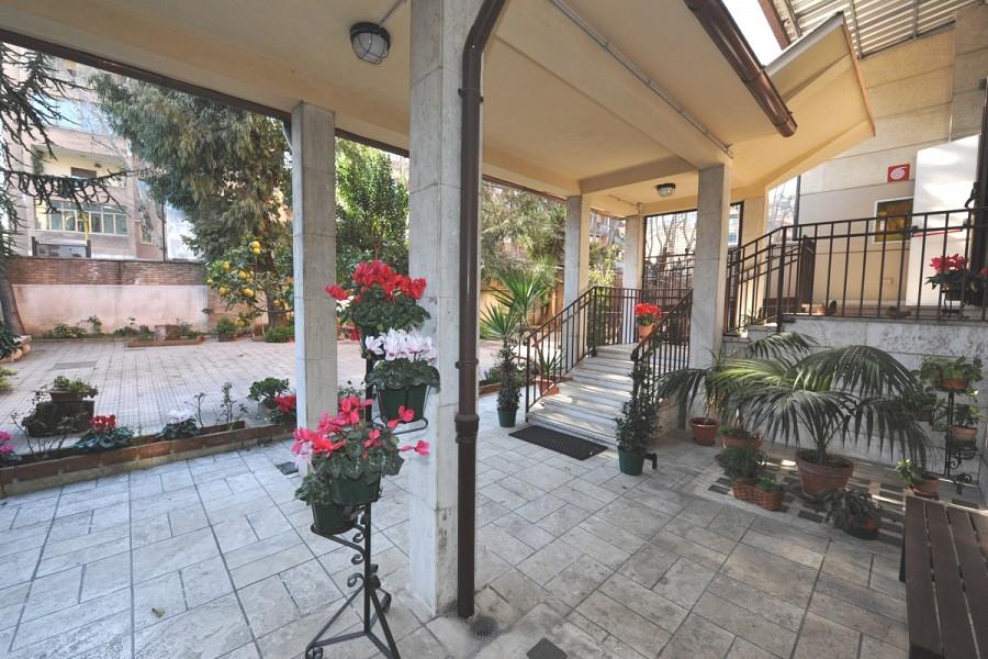 Casa per ferie centro s giovanna antida for Compro casa roma centro