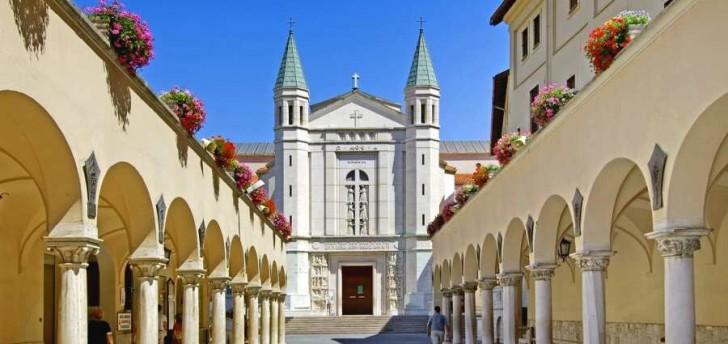 Santuario di santa rita da cascia for Basilica di santa rita da cascia