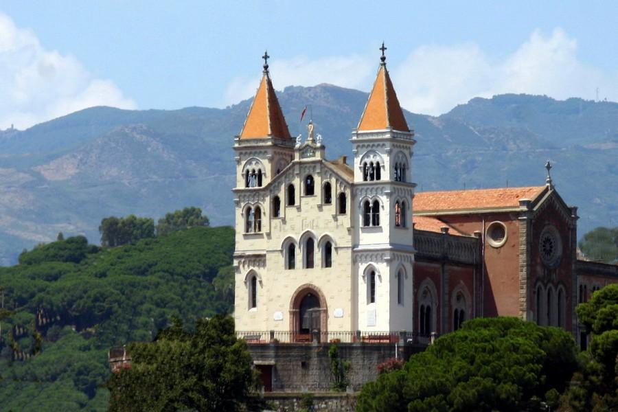Santuario Santa Maria di Montalto