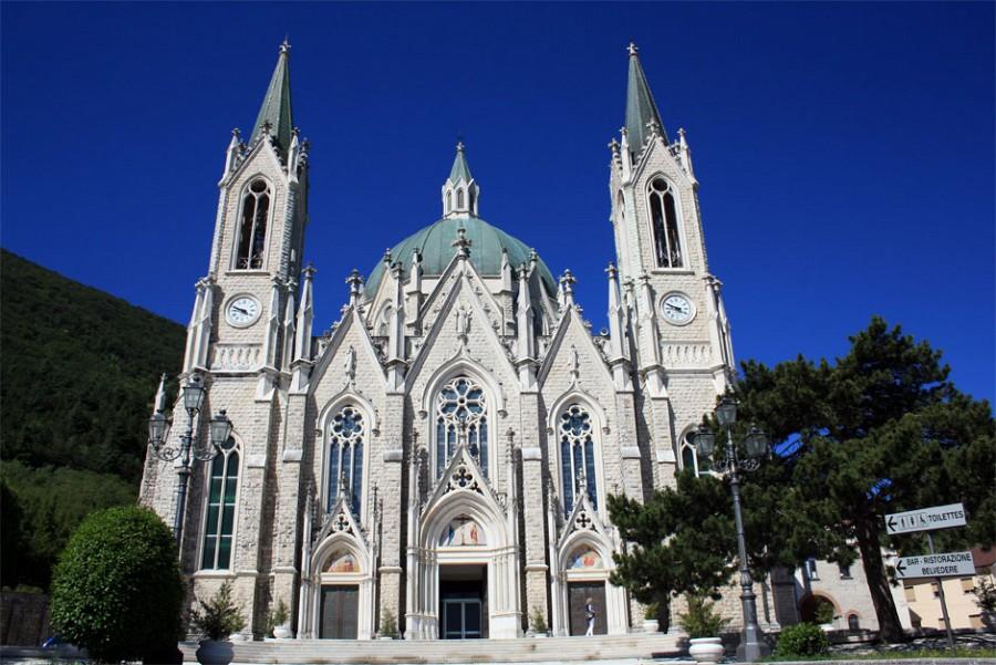 Basilica dell' Addolorata di Castelpetroso