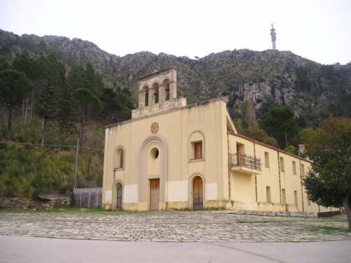 Santuario Santa Maria Addolorata Di Romitello