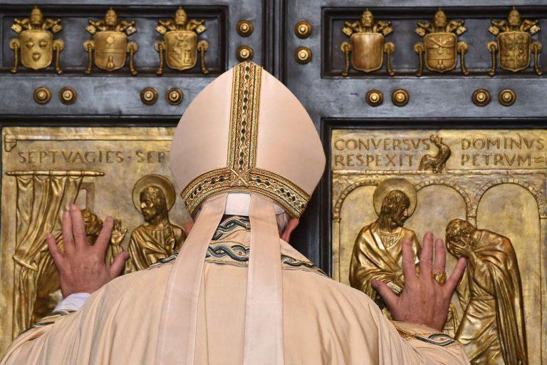 apertura porta santa