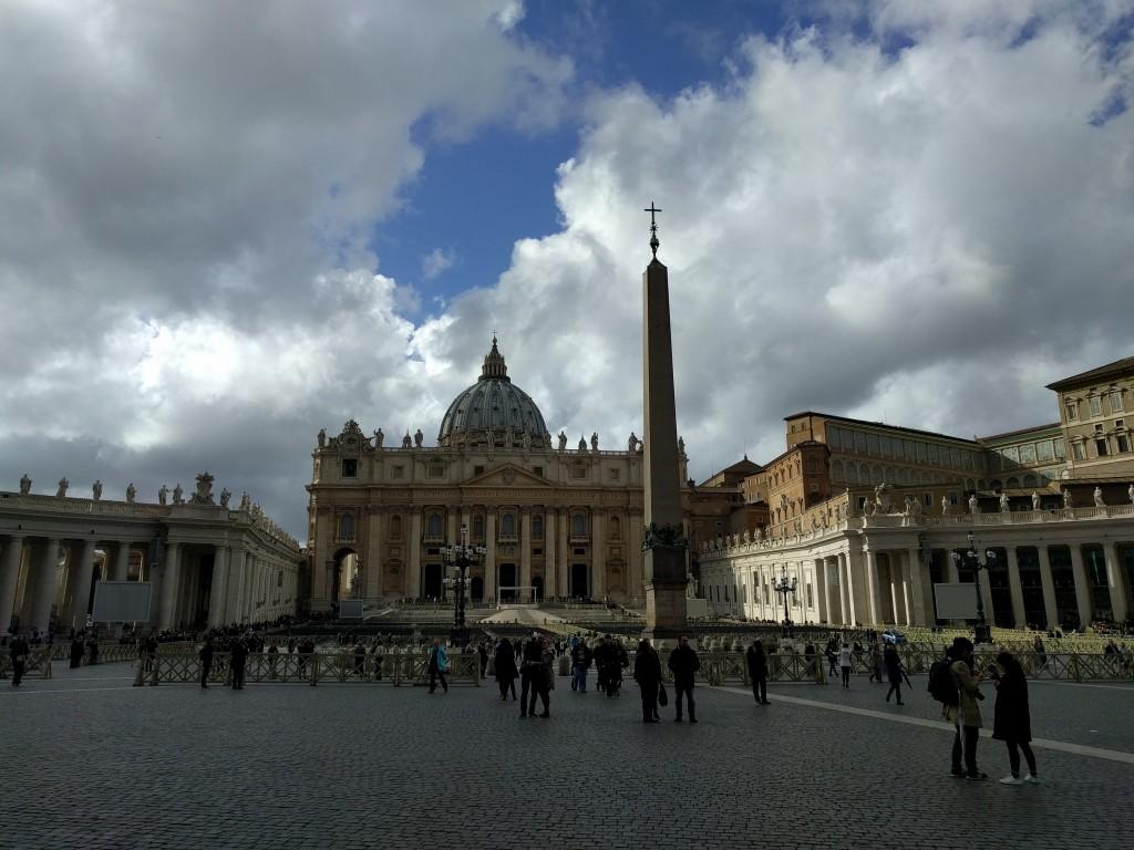 piazza San Pietro -Città del Vaticano