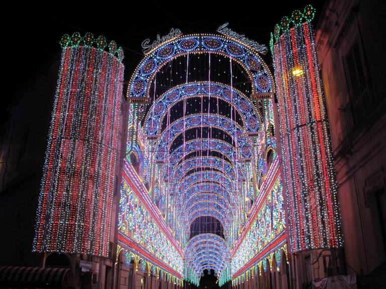 Santa Domenica a Scorrano (LE), luminarie