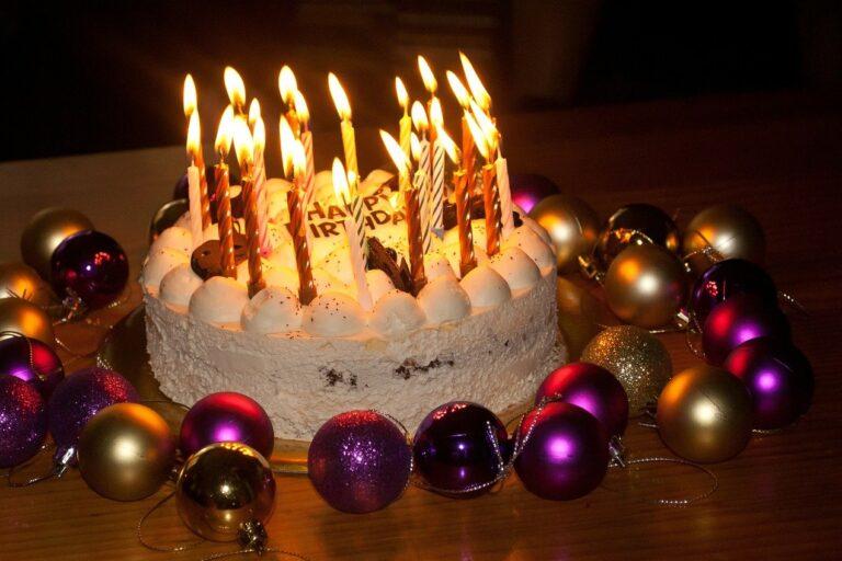 Benedizione Apostolica Papa Compleanno